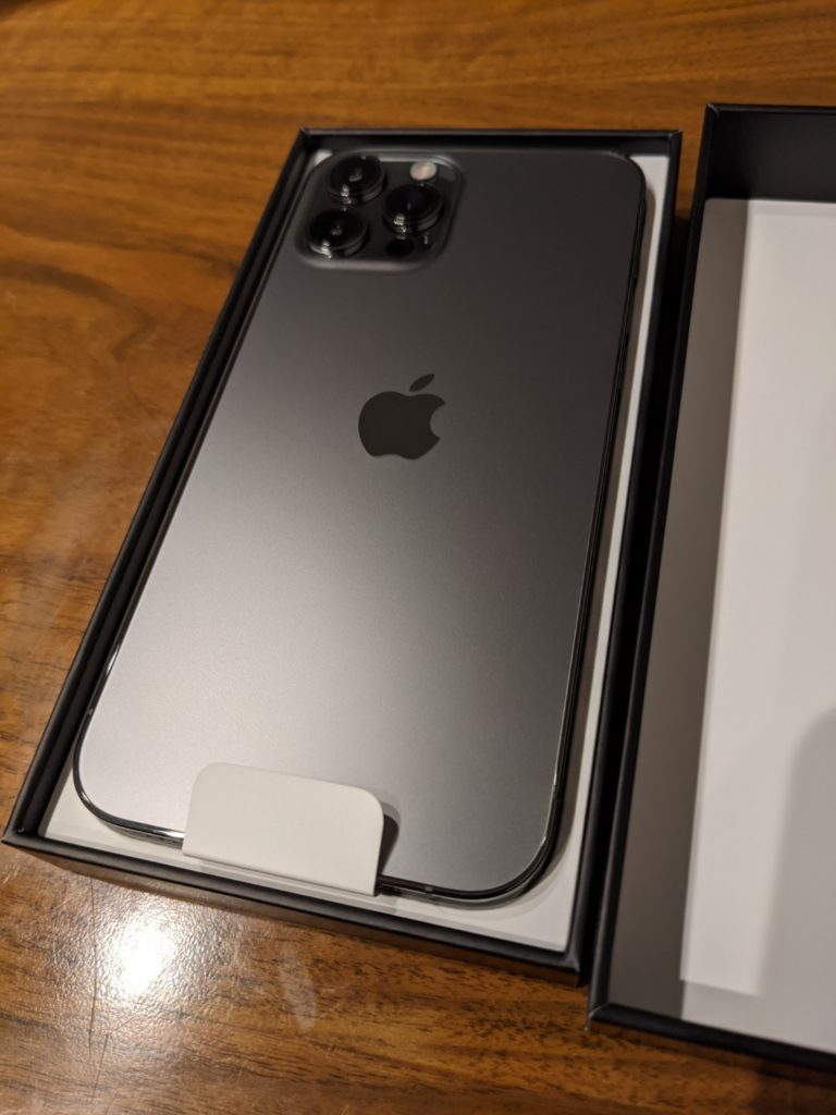 iPhone12promaxカメラレ